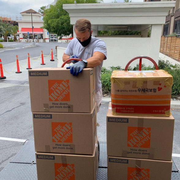 Top 7 Reasons to Hire a Local Moving Company
