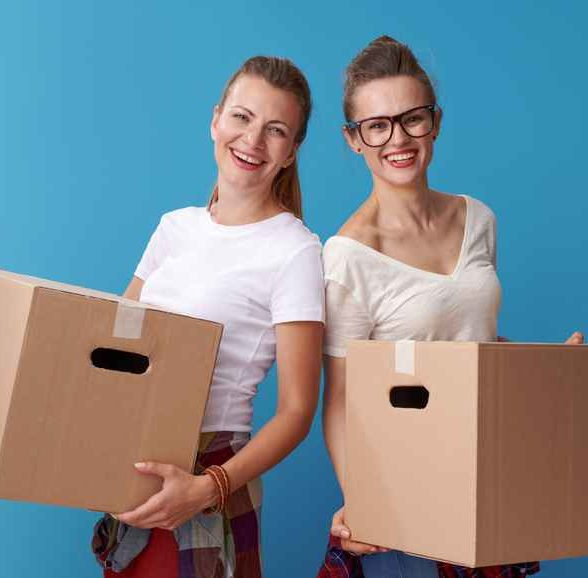 Packing On Your Own vs Hiring Local Movers
